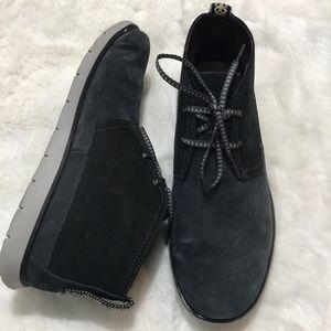 UGG Men's Freamon Waterproof Chukka Boot Size 9